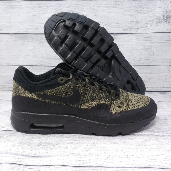 timeless design f5193 bbe90 Nike Air Max 1 Ultra Flyknit Running Shoes Olive NWT